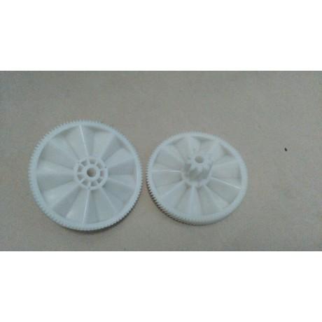 2 Pieces Meat Grinder Parts Plastic Gear 7000898 fit Braun Power Plus G1500 G1300, G1100, G3000,KGZ4, KGZ3